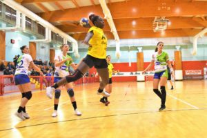 Vanessa Djiogap, 6 reti contro Salerno
